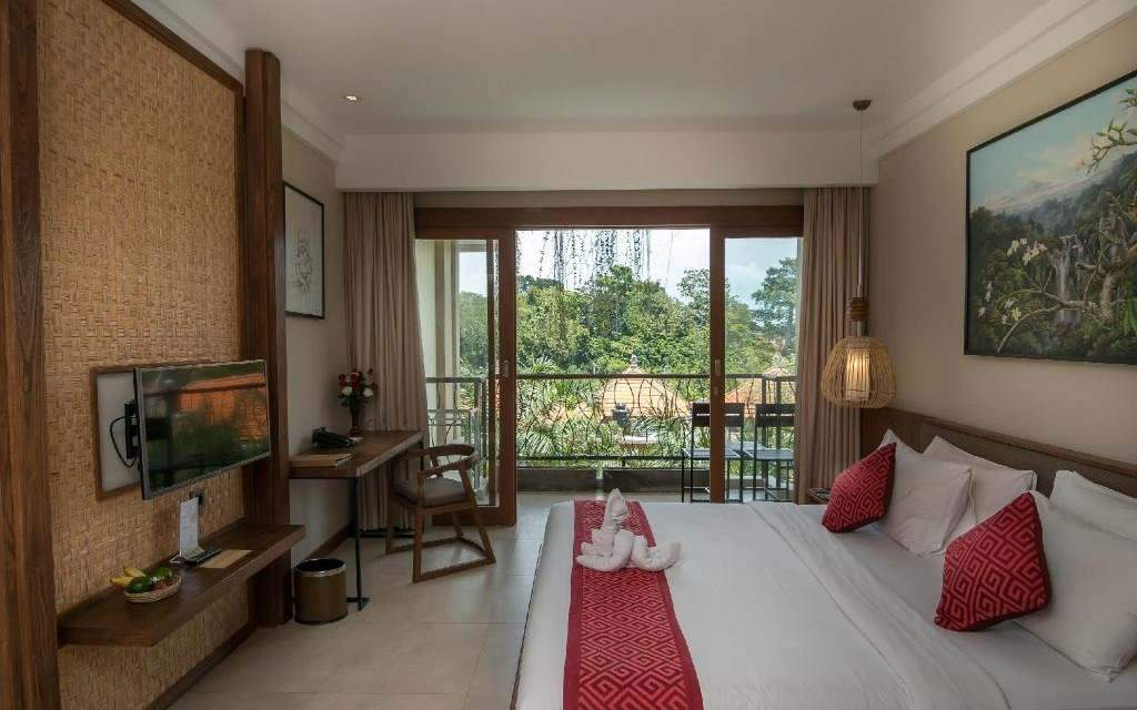 Anumana Ubud Hotel Superior Room Lagoon View