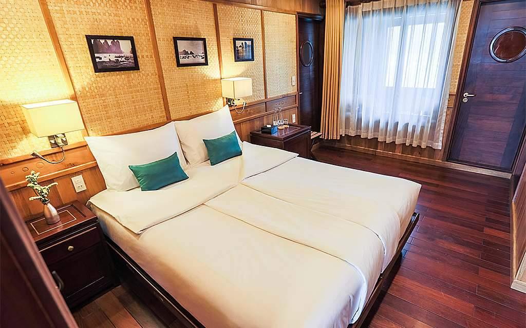 Bhaya Premium Cruise premium balcony