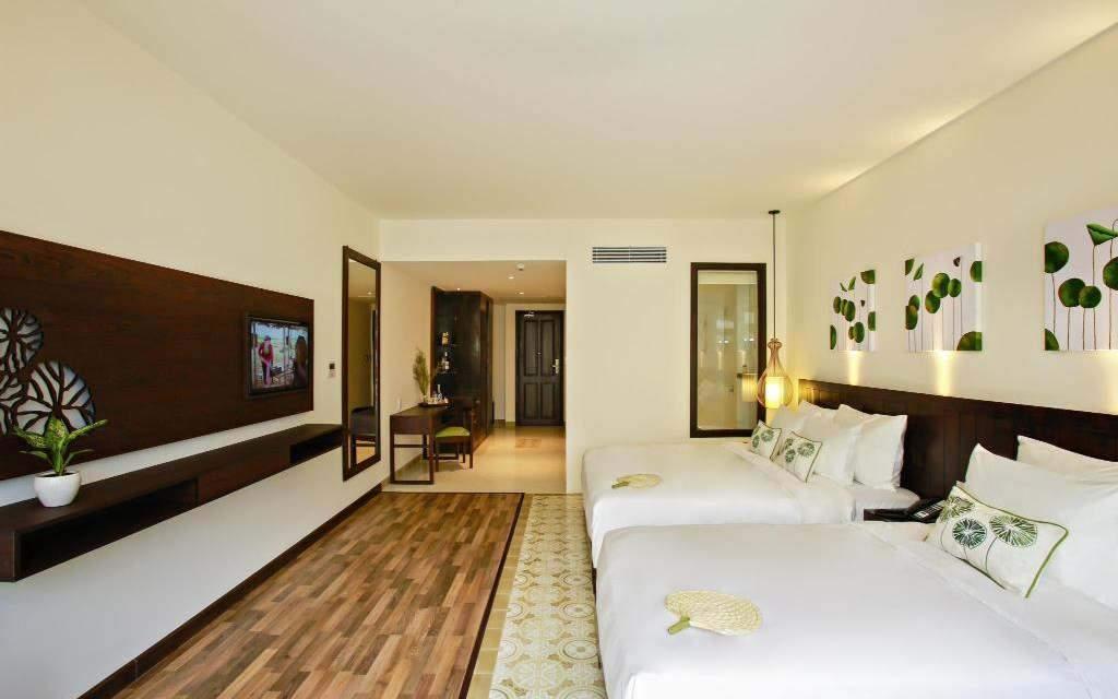Lasenta Boutique Hotel Hoian Triple Superior Room