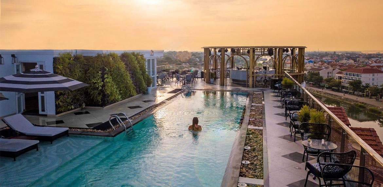 Piscina do Hotel Royal Hoi An
