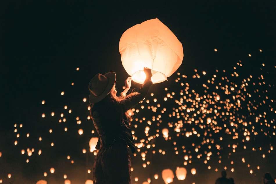 Releasing sky lantern