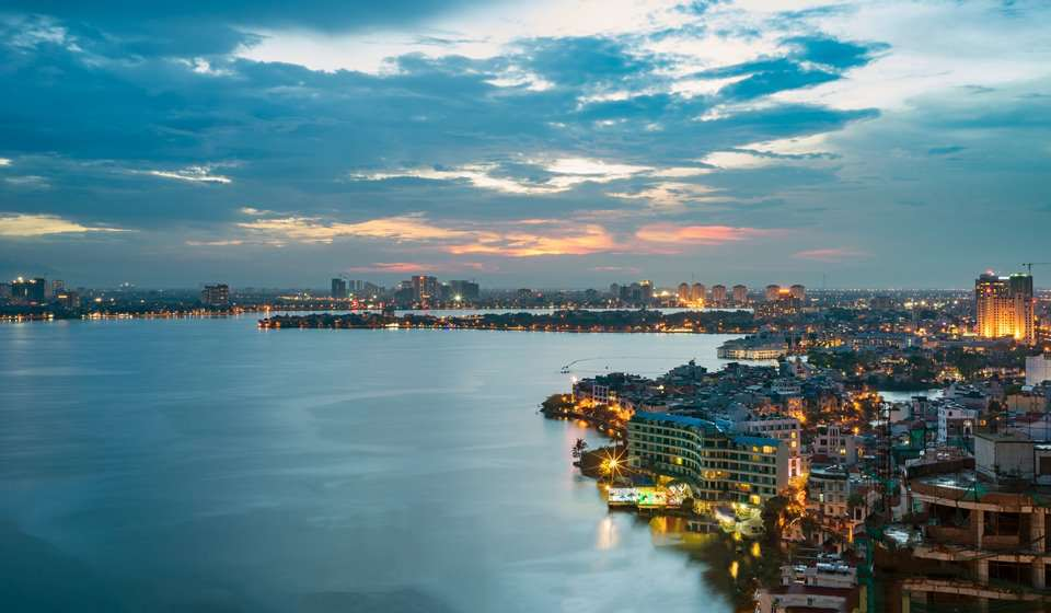 Vista aerial de Hanoi desde lago oeste