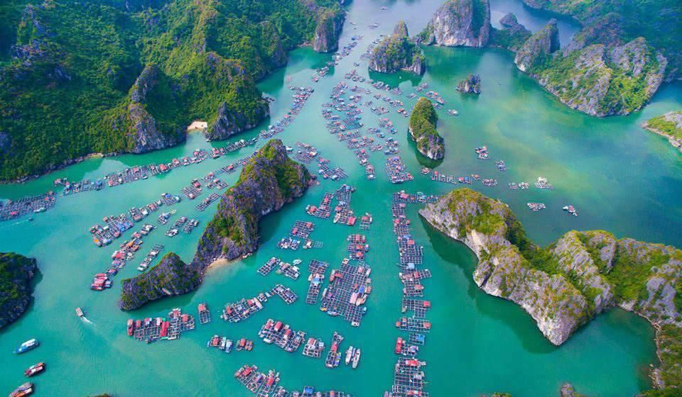 pueblo flotante de Halong