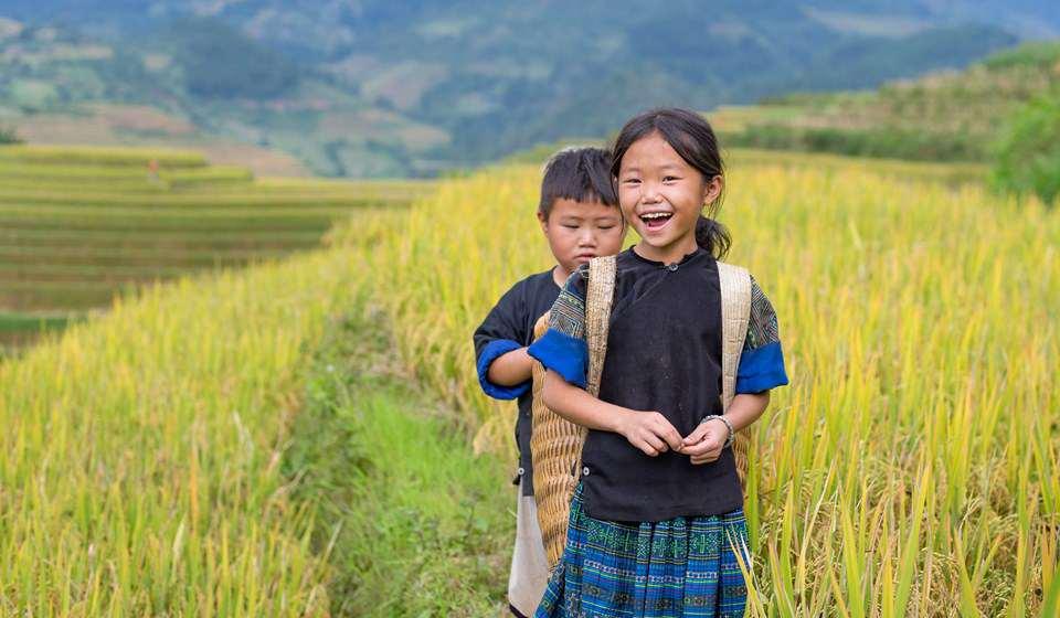 mu cang chai, Hmong girls
