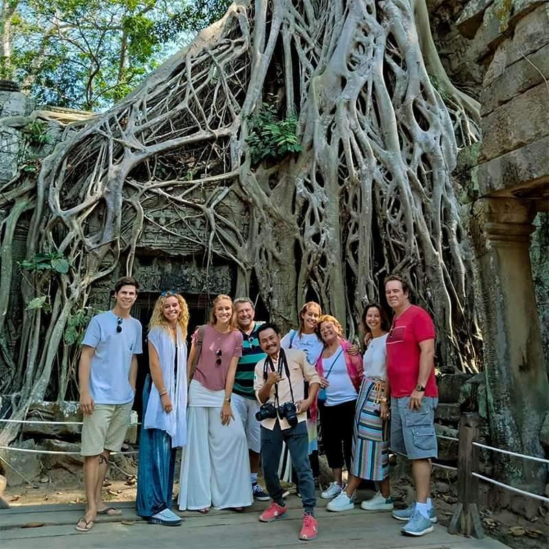 mundo guide in cambodia