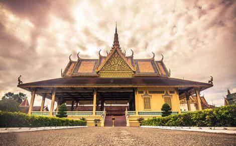 Guia de turismo particular, falante de português, no Camboja