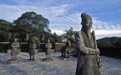 Excursão de um dia em Hue com guia em português desde Hoian