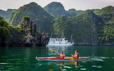 Excursión de 3 días en lujo a Ninh Binh y la bahía de Halong con guía en español