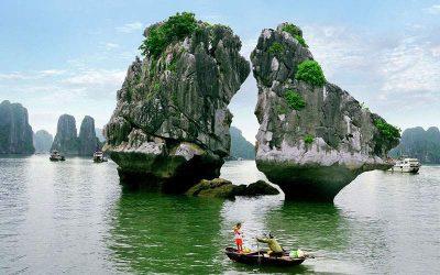 Excursão de um dia na Baía de Ha Long com guia falante de português
