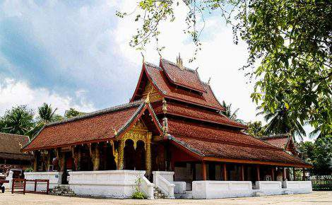 Luang Prabang día completo con guía de habla hispana