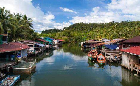Excursão de um dia no Lago Tonle Sap e Museo Nacional de Angkorwat com guia falante de espanhol