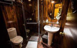Bhaya Premium Cruise bath