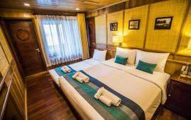 Bhaya Premium Cruises premium balcony
