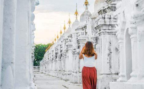 Excursión de día completo a Mandalay y Mingun con guía en español