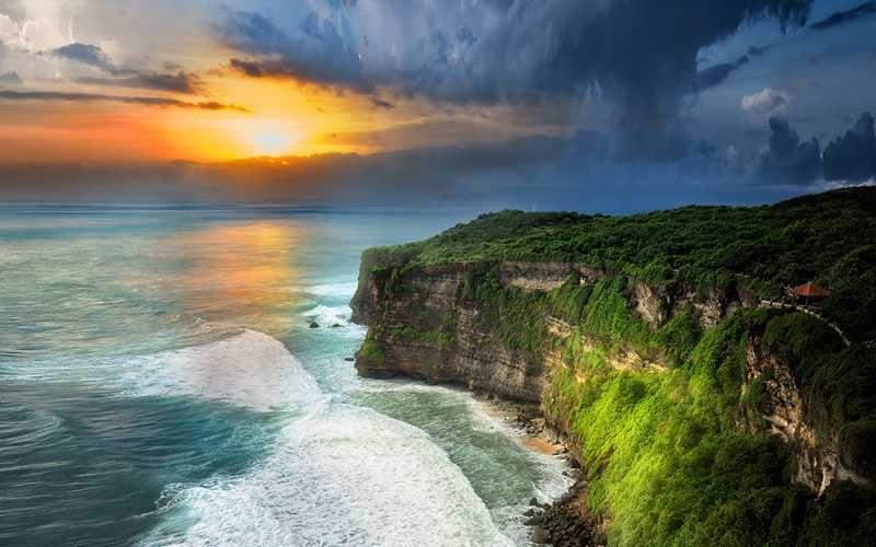 Why to visit Bali - top 5 reasons